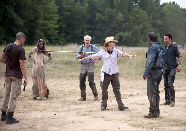 The Walking Dead Season 2 Behind the Scenes Photos 13 - The Walking Dead Season 2 Behind the Scenes Photos