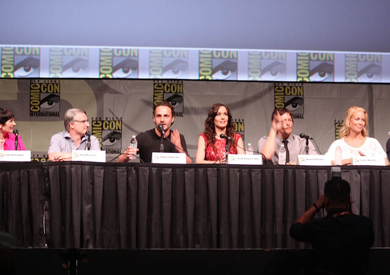 Gale Anne Hurd (Executive Producer), Glen Mazzara (Executive Producer), Andrew Lincoln (Rick Grimes), Sarah Wayne Callies (Lori Grimes), Norman Reedus (Daryl Dixon) and Laurie Holden (Andrea) of The Walking Dead at Comic-Con 2012