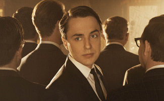 In <em>THR</em>, Vincent Kartheiser on Pete&#8217;s Angst;  in <em>TV Guide</em>, Elisabeth Moss on Peggy Resigning