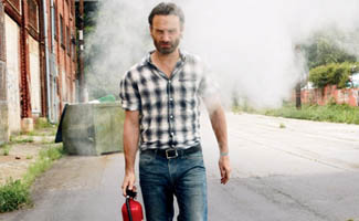 Andrew Lincoln on Cover of <em>Men&#8217;s Health</em>; Greg Nicotero Teases Season 3 to MTV