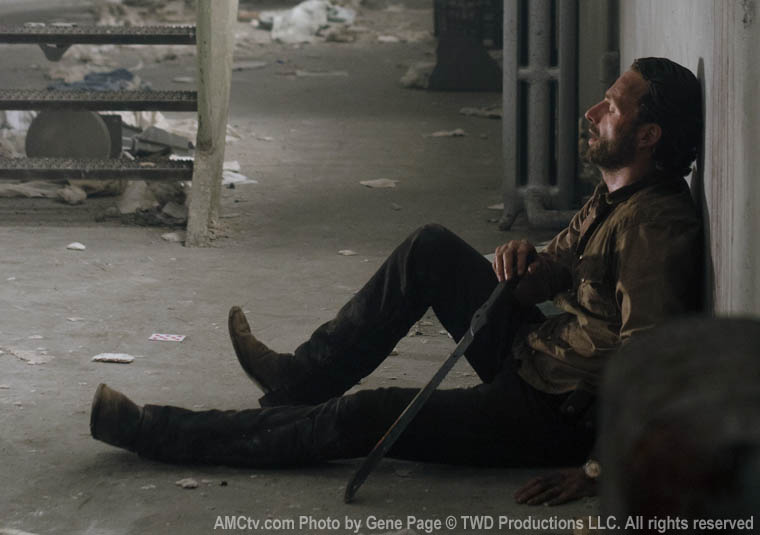 Rick Grimes (Andrew Lincoln) in Episode 1 of The Walking Dead
