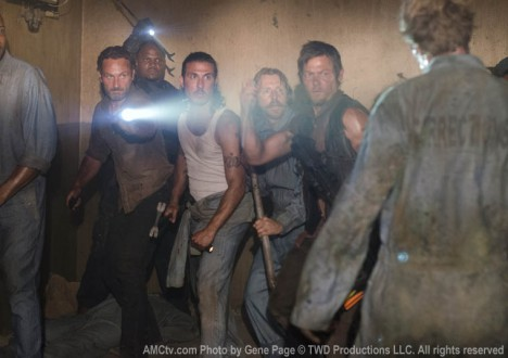 Rick Grimes (Andrew Lincoln), T-Dog (IronE Singleton), Tomas (Nick Gomez), Axel (Lew Temple) and Daryl Dixon (Norman Reedus) in Episode 2 of The Walking Dead