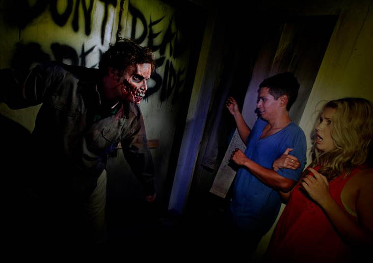 The Walking Dead Halloween Horror Nights at Universal Studios 8 - The Walking Dead Halloween Horror Nights at Universal Studios