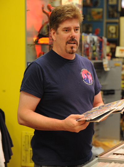 Comic Book Men Season 2 Episode Photos 6 - Comic Book Men Season 2 Episode Photos