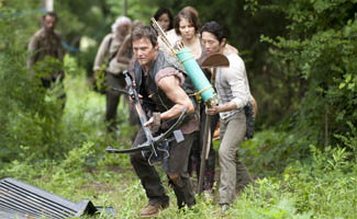 <em>The Walking Dead</em> Lands on <em>EW</em>&#8216;s Must List; <em>NY Post</em> Awards Four-Star Review