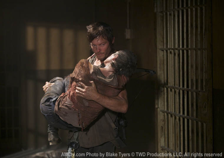 Daryl Dixon (Norman Reedus) and Carol Peletier (Melissa McBride) in Episode 6 of The Walking Dead