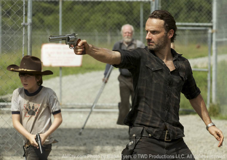 Carl Grimes (Chandler Riggs), Hershel Greene (Scott Wilson) and Rick Grimes (Andrew Lincoln) in Episode 7 of The Walking Dead
