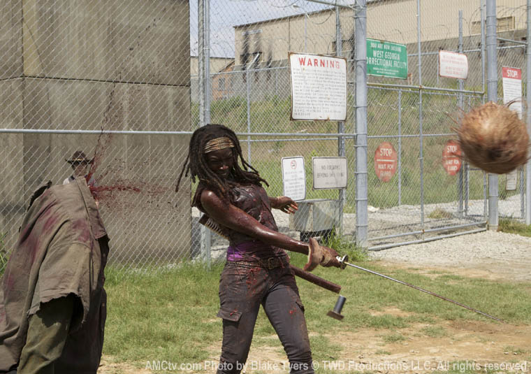 Michonne (Danai Gurira) in Episode 7 of The Walking Dead