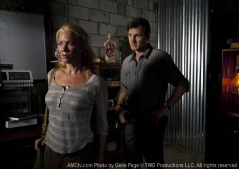 Andrea (Laurie Holden) and the Governor (David Morrissey) in Episode 7 of The Walking Dead