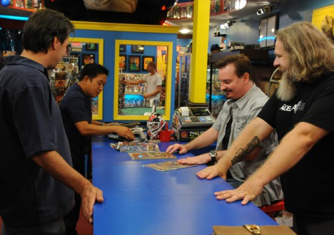 Comic Book Men Season 2 Episode Photos 25 - Comic Book Men Season 2 Episode Photos