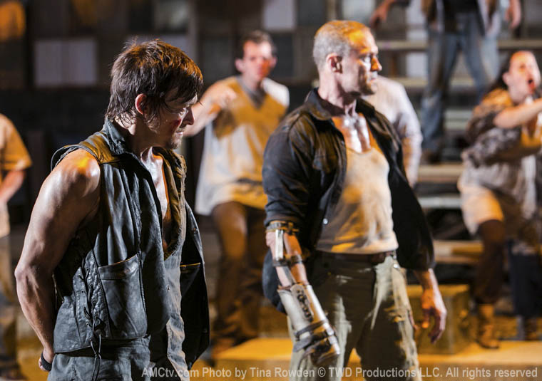Daryl Dixon (Norman Reedus) and Merle Dixon (Michael Rooker) in Episode 9 of The Walking Dead
