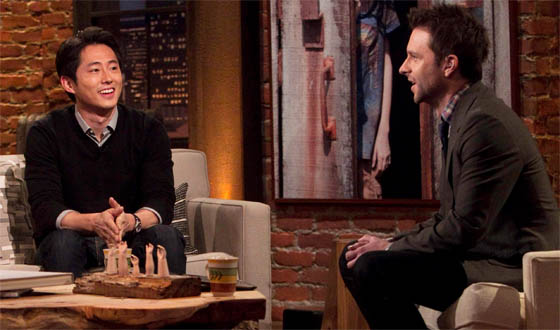 <em>Talking Dead</em> Returns Sun., Feb. 10 With Guests Kevin Smith and Steven Yeun