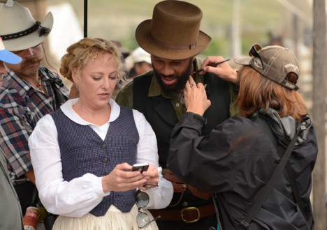 Hell on Wheels Season 2 Behind the Scenes Photos 13 - Hell on Wheels Season 2 Behind the Scenes Photos