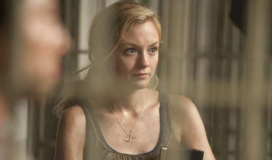 TWD-S3-Emily-Kinney-Interview-560.jpg