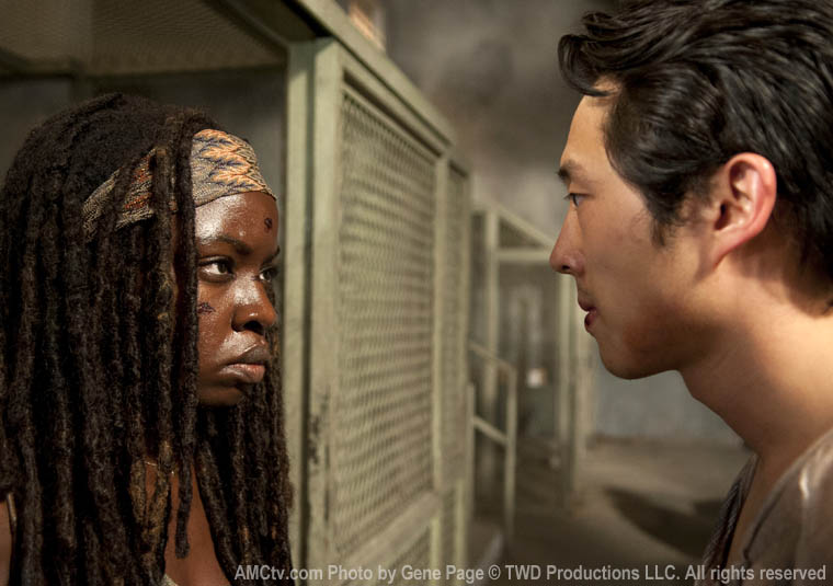 Michonne (Danai Gurira) and Glenn Rhee (Steven Yeun) in Episode 10 of The Walking Dead