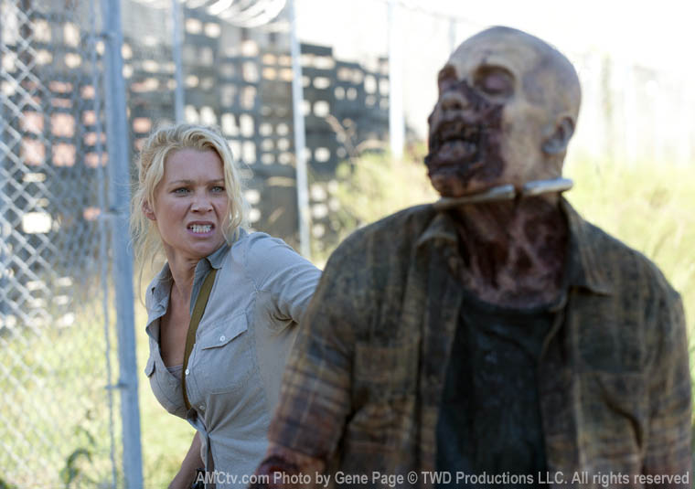 Andrea (Laurie Holden) in Episode 11 of The Walking Dead