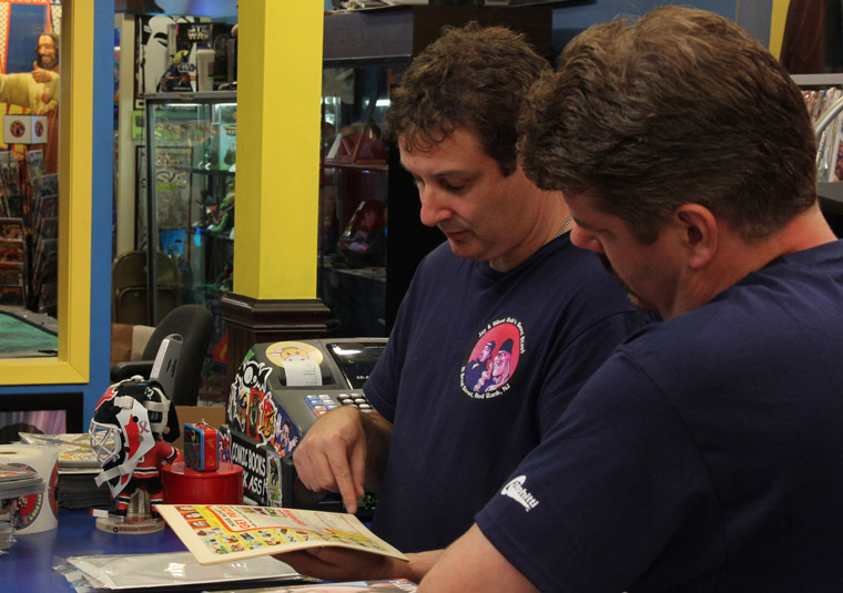 Comic Book Men Season 2 Episode Photos 58 - Comic Book Men Season 2 Episode Photos