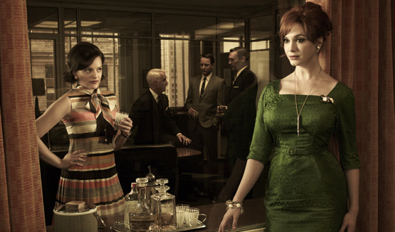 <em>GQ</em> Previews Banana Republic <em>Mad Men</em> Collection; <em>NYTimes</em> on Binge-Viewing <em>Mad Men</em>