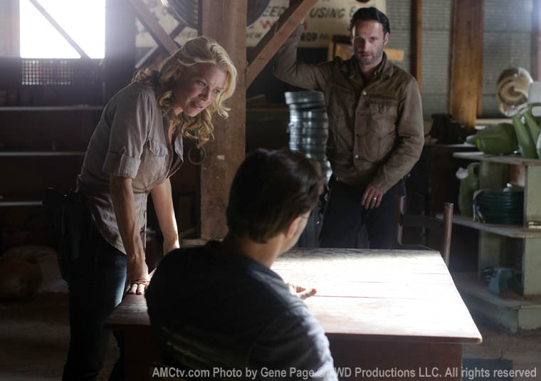 The Governor (David Morrissey), Andrea (Laurie Holden) and Rick Grimes (Andrew Lincoln) in Episode 13 of The Walking Dead