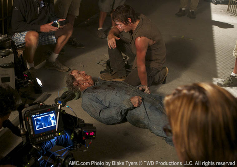Norman Reedus (Daryl Dixon) in Episode 6 of The Walking Dead