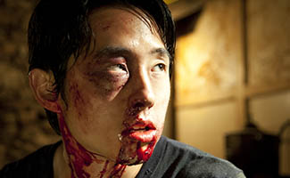 Steven Yeun Talks Zombie Apocalypse; <em>WSJ</em> Advises Investing Based on <em>The Walking Dead</em>