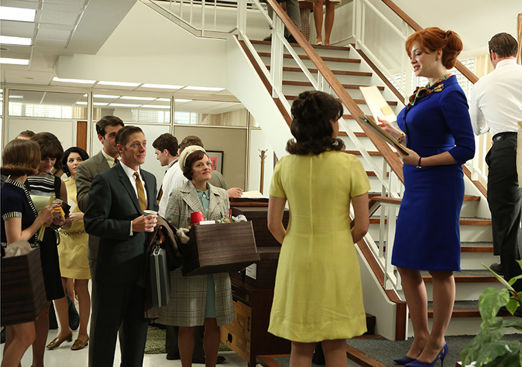 Ted Chaough (Kevin Rahm), Peggy Olson (Elisabeth Moss), Moira (Christine Garver) and Joan Harris (Christina Hendricks) in Mad Men