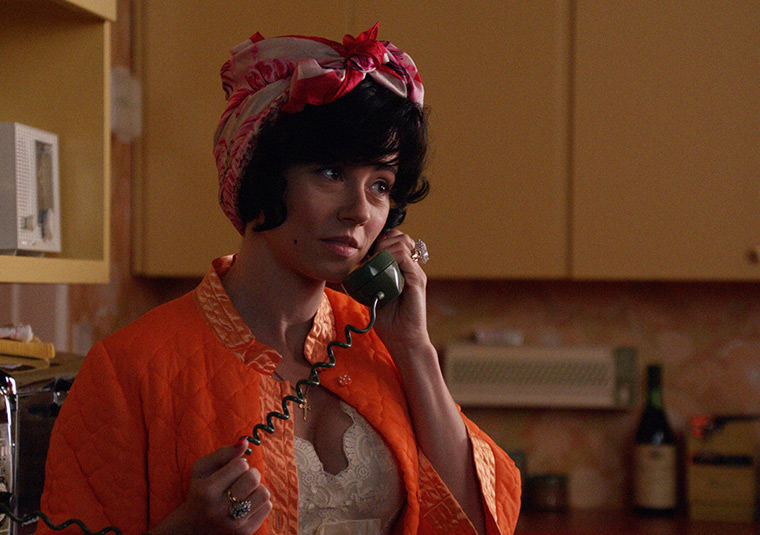 Sylvia Rosen (Linda Cardellini) in Mad Men
