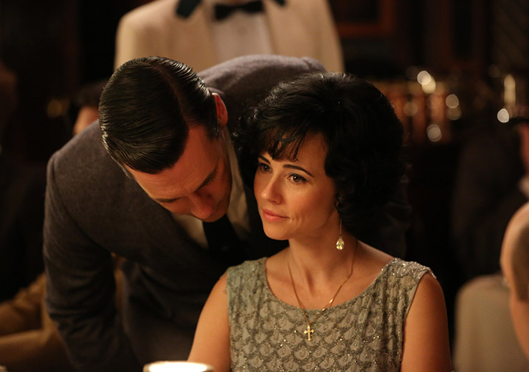 Don Draper (Jon Hamm) and Sylvia Rosen (Linda Cardellini) of Mad Men