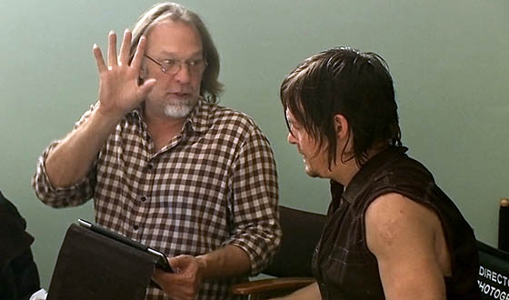 Video &#8211;  <em>The Walking Dead</em> Producers on the Making of the Season 4 Premiere