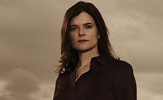 bb-s5b-betsy-brandt-interview-325