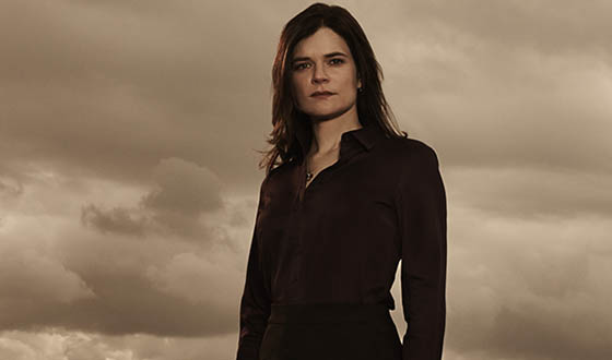 bb-s5b-betsy-brandt-interview-560