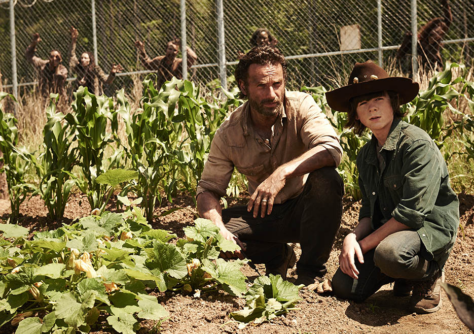 Rick Grimes (Andrew Lincoln) and Carl Grimes (Chandler Riggs) of The Walking Dead