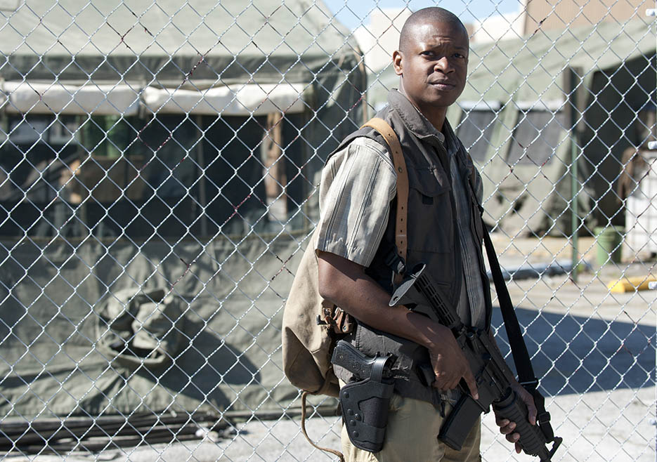 Bob Stookey (Lawrence Gilliard Jr.) in Episode 1 of The Walking Dead