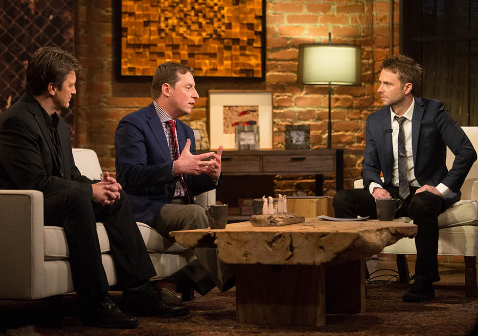 Nathan Fillion, Scott M. Gimple (The Walking Dead Executive Producer, Writer) and Chris Hardwick in Episode 1 of The Talking Dead
