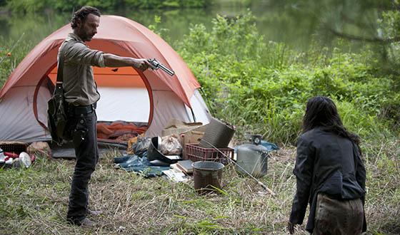 Robert Kirkman, Greg Nicotero Examine Season 4 Premiere; <em>GQ</em> Spotlights Norman Reedus