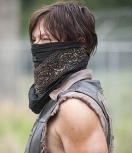 TWD-Episode-402-Daryl-325x375