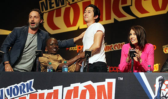 <em>The Walking Dead</em> Cast and Producers Provide a Sneak Peek of Season 4 at New York Comic Con
