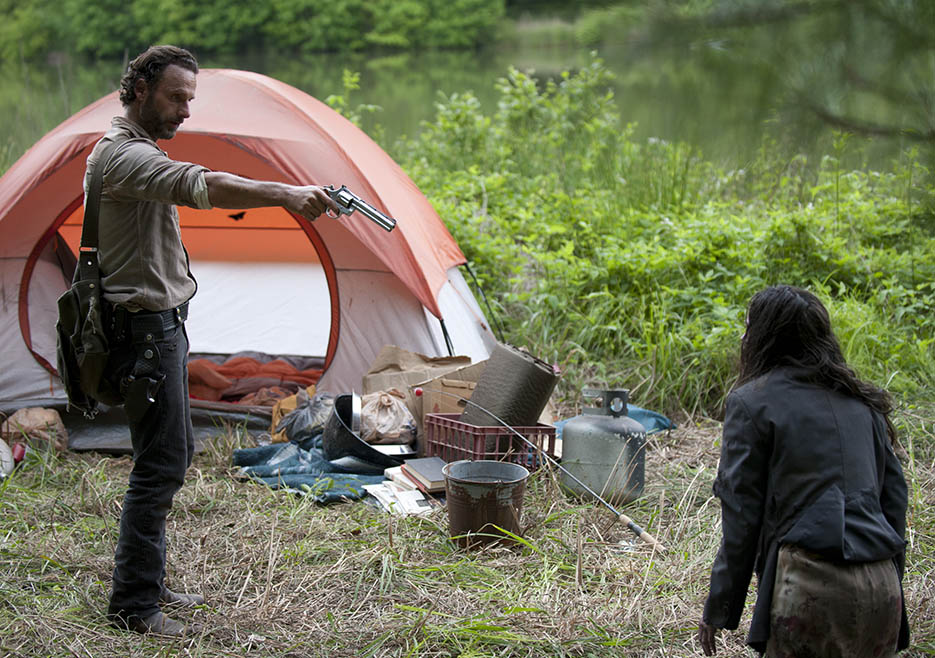 Rick Grimes (Andrew Lincoln) and Clara (Kerry Condon) in Episode 1 of The Walking Dead