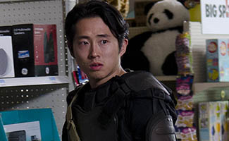 TWD-S4-Steven-Yeun-Interview-325