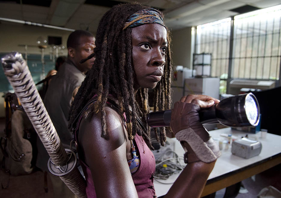 Bob Stookey (Lawrence Gilliard Jr.) and Michonne (Danai Gurira) in Episode 4 of The Walking Dead
