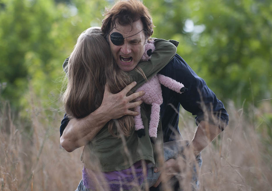 The Governor (David Morrissey) and Meghan Chambler (Meyrick Murphy) in Episode 6 of The Walking Dead