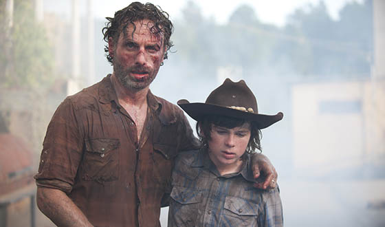 Robert Kirkman Previews Mid-Season Premiere; <em>E! Online</em> Anticipates <em>The Walking Dead</em> Return