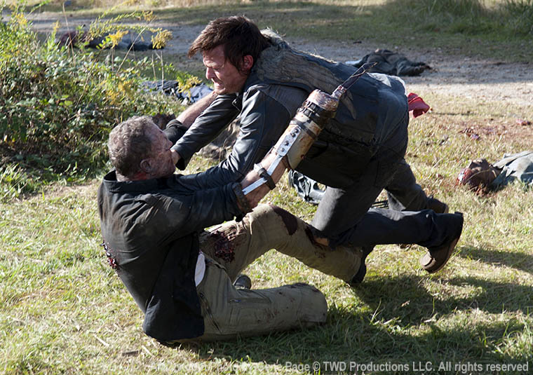 Merle Dixon (Michael Rooker) and Daryl Dixon (Norman Reedus) in Episode 15 of The Walking Dead