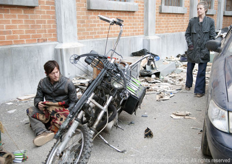 Daryl Dixon (Norman Reedus) and Carol Peletier (Melissa McBride) in Episode 16 of the Walking Dead
