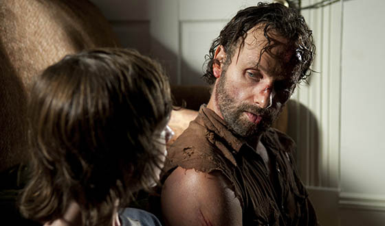 Cast, Crew Talk Mid-Season Premiere With <em>EW</em>, <em>Vulture</em>; <em>Conan</em> Hosts <em>The Walking Dead</em>