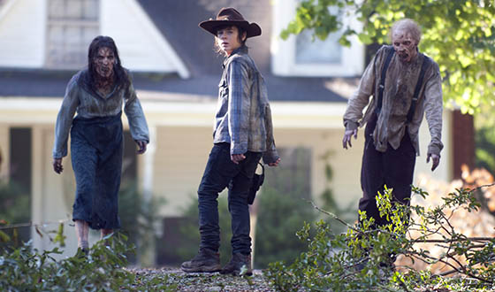 <em>EW</em> Previews Season 4 With Andrew Lincoln, Norman Reedus, Danai Gurira; <em>TVLine</em> Applauds Chandler Riggs