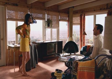 Megan Draper (Jessica Paré) and Don Draper (Jon Hamm) in Mad Men