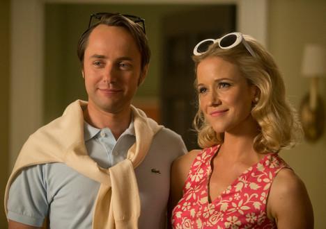 Pete Campbell (Vincent Kartheiser) and Bonnie Whiteside (Jessy Schram) in Mad Men