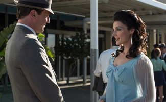 madmen-701-don-megan-560