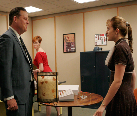 madmen-basketofkisses-elizabethmossmoments-456
